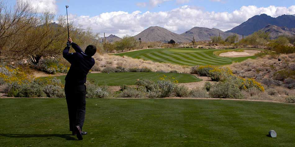 Green Valley, AZ has many outstanding golf courses for both amateur and avid golfers.